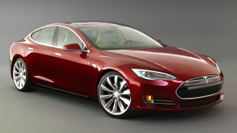 Driverless Tesla Coming This Summer